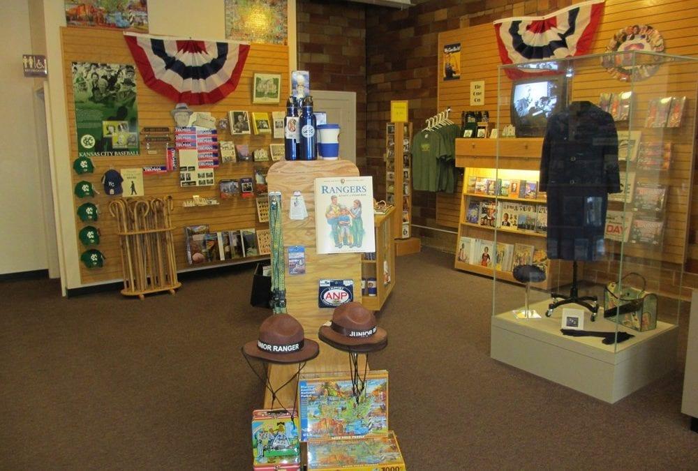 3 Ways to Help Gift Stores Strengthen Their Merchandising